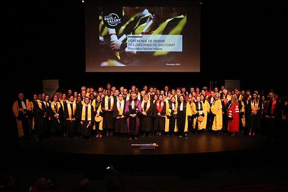 photo de groupe école doctorale 58 et 60 cérémonie des Jeunes docteurs