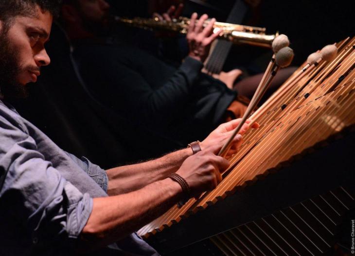 Pour Cette Performance Qui Invite Au Voyage A La Meditation Contemplation Le Koa Jazz Festival Vous Propose De Redecouvrir Mooncat